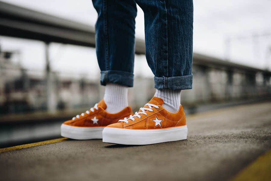 https://sneakerstudio.at/zul_pl_Converse-One-Star-Platform-OX-563487C-19564_2.jpg