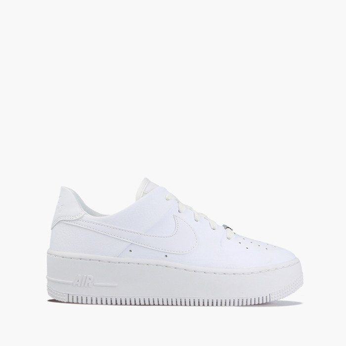 NEUE Nike Air Force 1 Sage Low 36,5