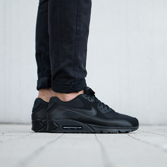 Herren Schuhe sneakers Nike Air Max 90 Essential 537384 090