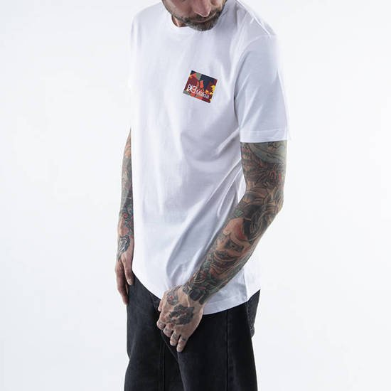 Makia Barrier T-Shirt M21228 011